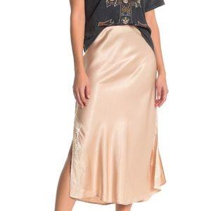 Socialite Lace Trim Bias Satin Skirt in Champagne